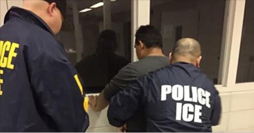 deportados llegan sin dinero