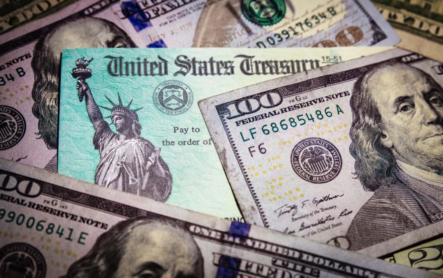 dinero a familias