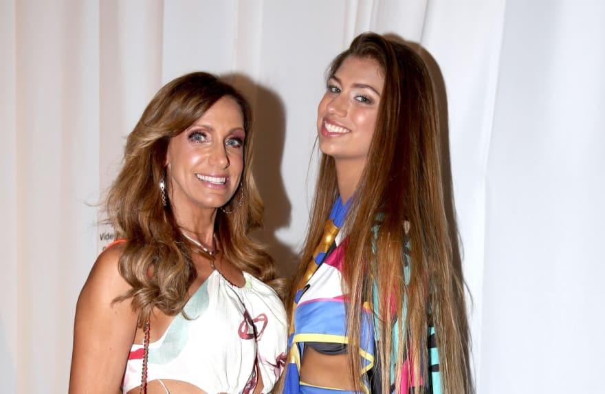 Los bikinis más ardientes de Lina Luaces, la hija de Lili Estefan, en este verano (FOTOS)
