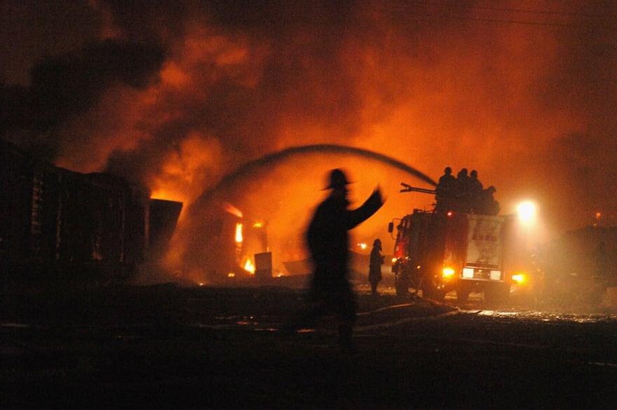 incendio en almacén
