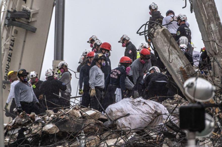 Desde el día del derrumbe nadie ha sido rescatado con vida
