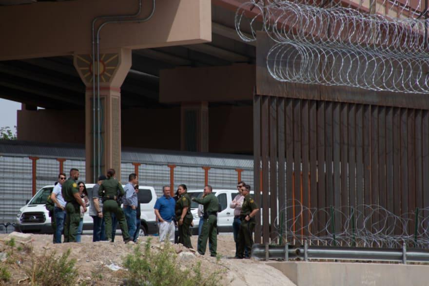ICE libera a miles de inmigrantes sin siquiera tener cita en Corte