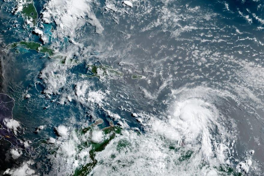El primer huracán del año