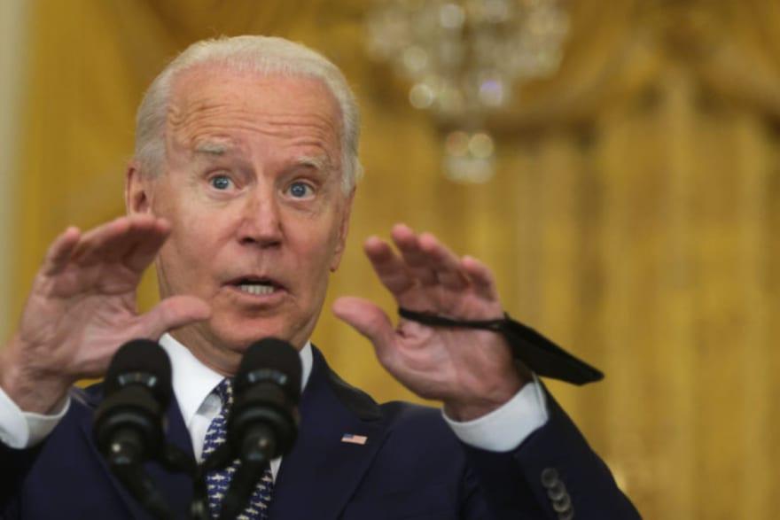 Biden lanza desesperado llamado a personas que viven en zona de riesgo