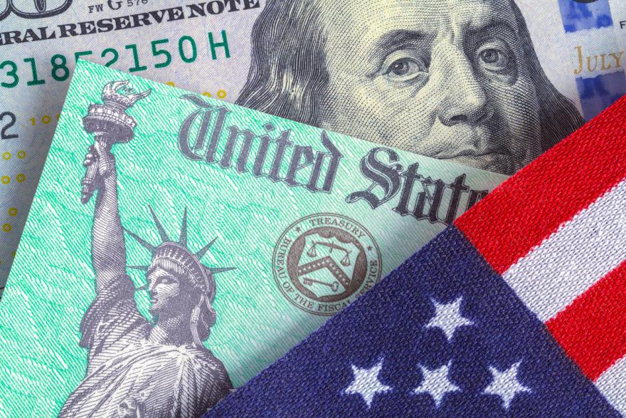 IRS confirma quiénes no recibirán su cheque por hijos Comienzan a mandar cheques de $1000 dólares a maestros en EEUU IRS anuncia fechas para enviar los cheques que faltan del crédito tributario por hijos