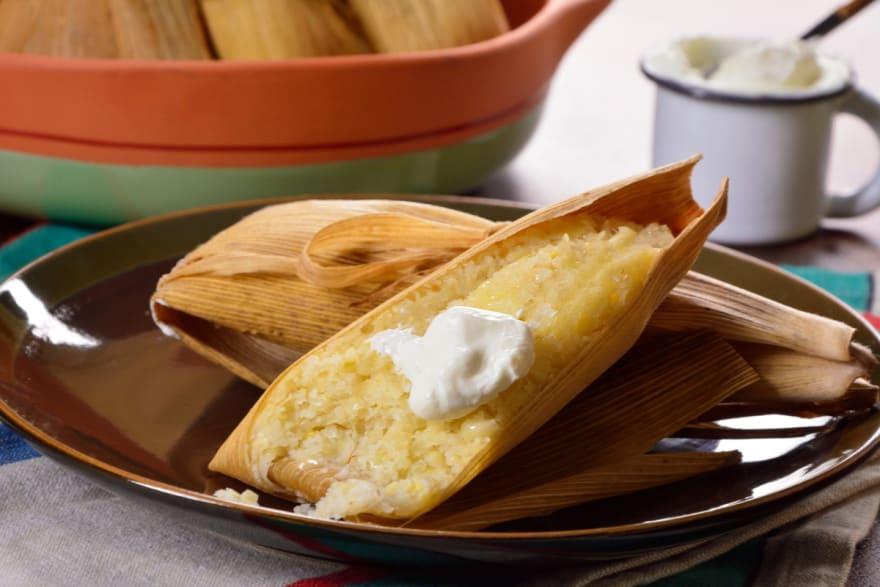 Tamales dulces de elote (RECETA + VIDEO)