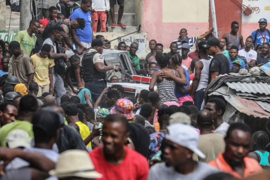 Esposa del presidente haitiano recibe tratamiento en EE.UU.