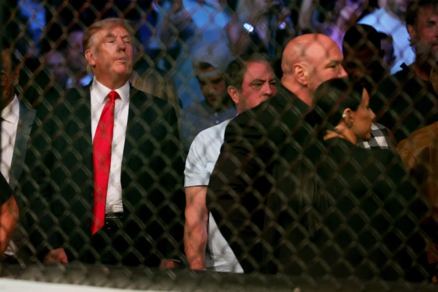 Trump se roba el show en pelea de McGregor vs Poirier