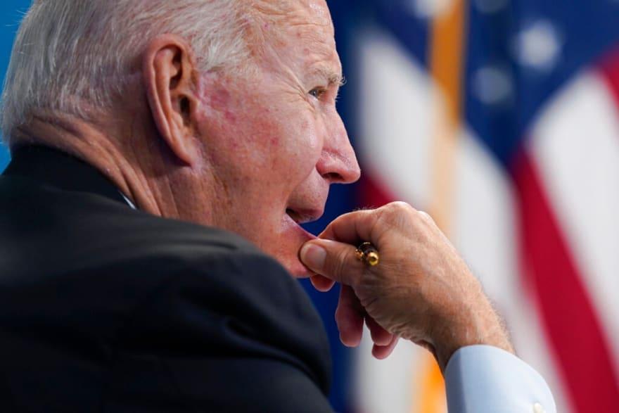 'Abandonan' a Biden por usar el Título 42 de Trump