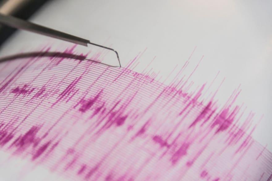 Pasajeros de cablebús viven momentos de angustia durante terremoto (VIDEO)