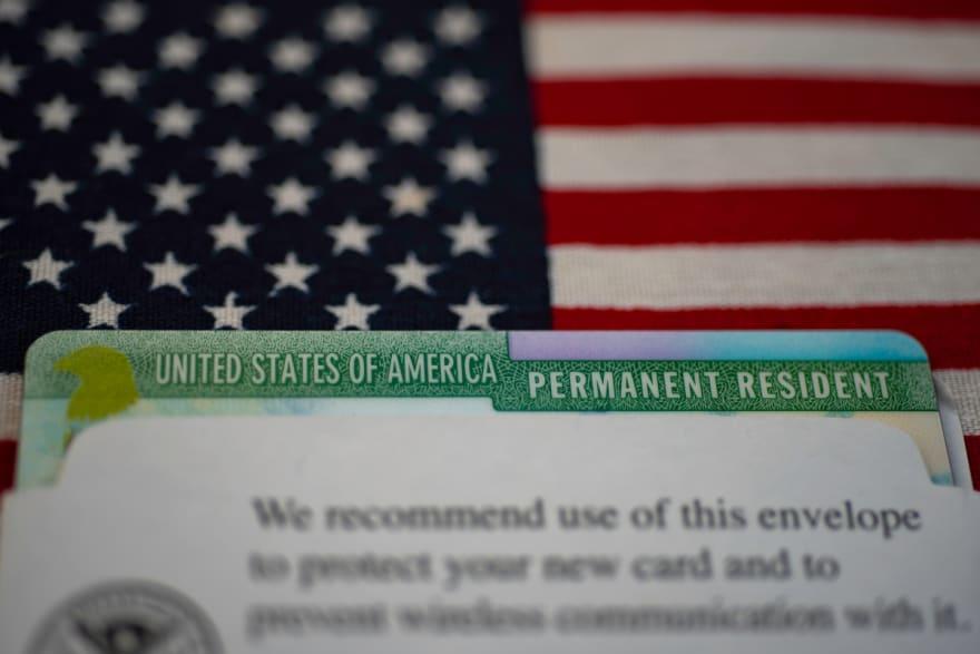 Los errores más comunes al tramitar la ciudadanía que podrían dejarlo sin papeles