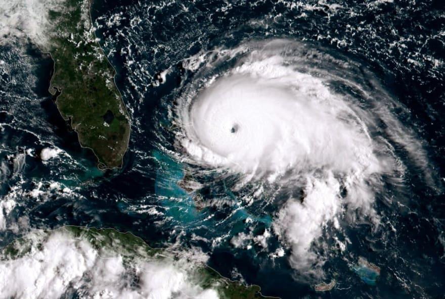 Huracán Elsa avanza hacia la isla Española y se prevé que se dirija a Florida el lunes