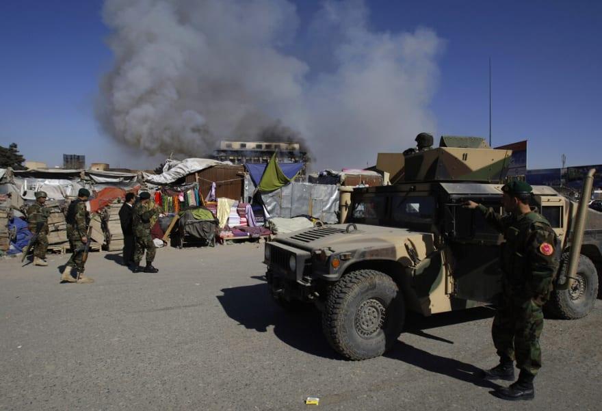 Estados Unidos insta a sus ciudadanos en Afganistán a retirarse de inmediato