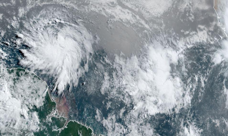 tormenta tropical Elsa