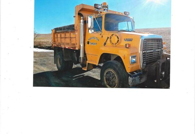 1995 Ford 8000 Dump Truck