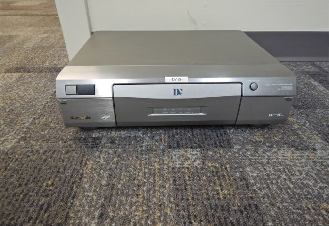 Lot of 7 Panasonic Pro Line AG-DV2000 for parts only