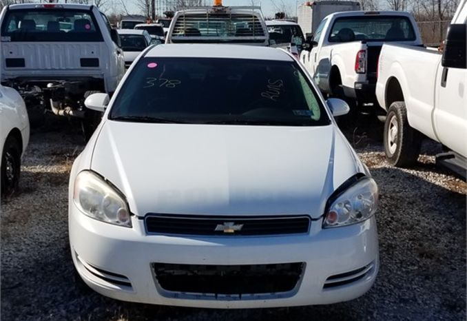 2010 CHEVY IMPALA / LOT378-105070