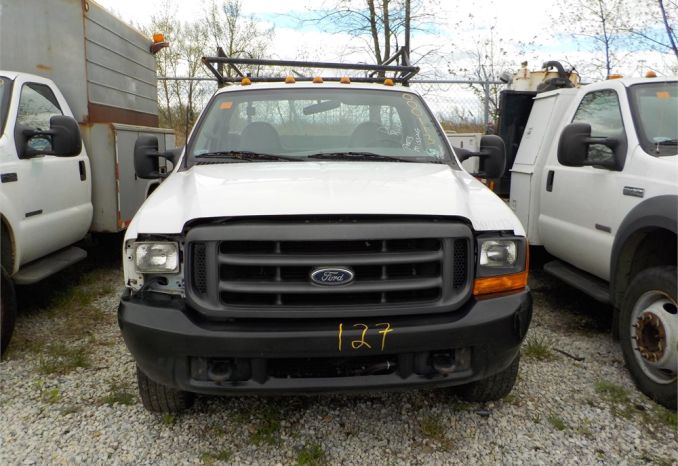 2000 FORD F-350 XL SUPER DUTY UTILITY PICKUP 4X2  /LOT127-000113