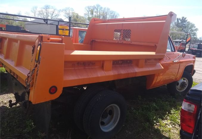 1984 Chevy Dump Truck (D30)