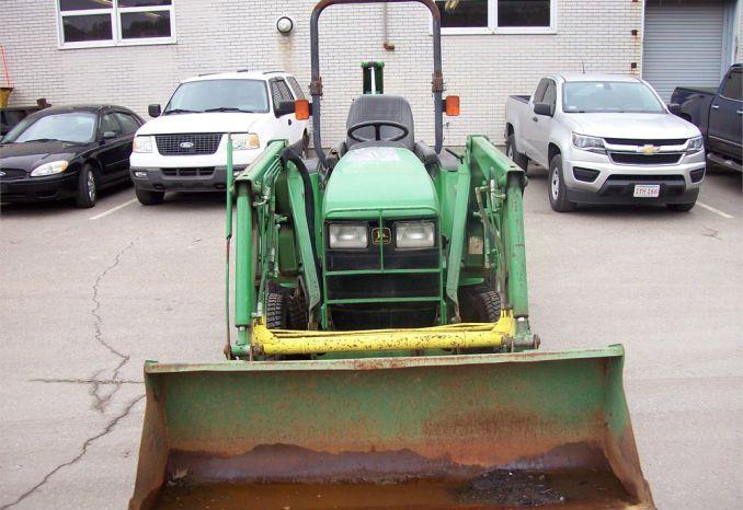 2001 John Deer Tractor
