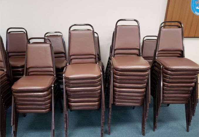 70 Vinyl Banquet Chairs/Meeting Room Chairs - Brown - LOT OF 70