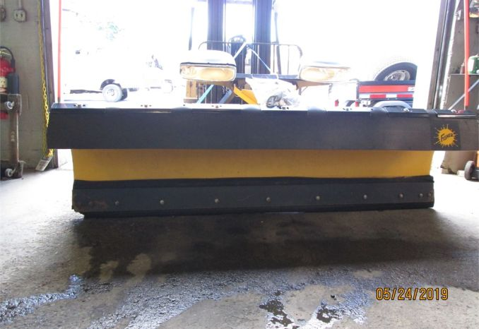 9' FISHER MC SNOWPLOW