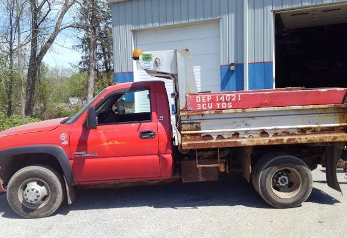 2003 GMC 3500 Mason Truck