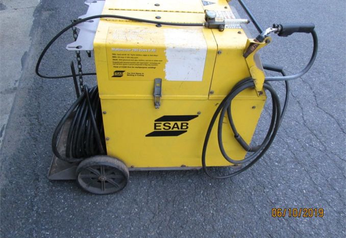 ESAB Multimaster 260 Welder