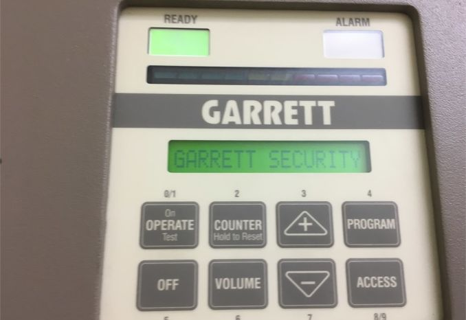 METAL DETECTOR GARRET PD 6500i / LOT38-DHS-METALDETECTOR