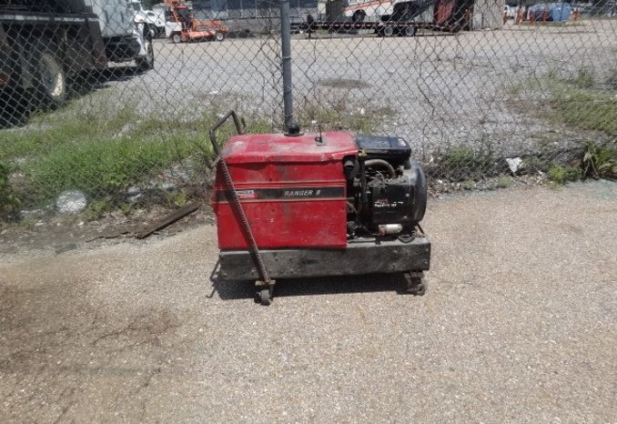 2000 Lincoln Welding Machine, will start