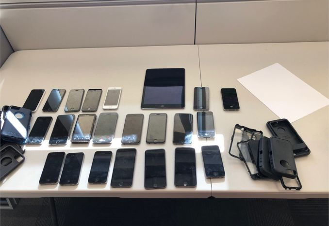 Misc Lot of used cell phones and Ipad