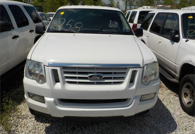 2008 FORD EXPLORER XLT 4X4 SUV / LOT258-080082