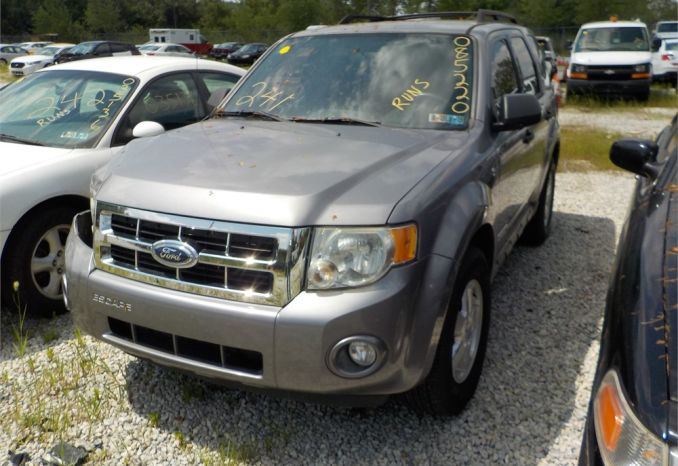 2008 FORD ESCAPE XLT 4X2 SUV / LOT241-085220