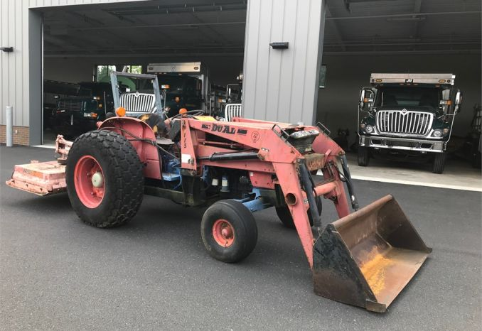 1984 Kubota tractor M4050 with woods brush hog attachment