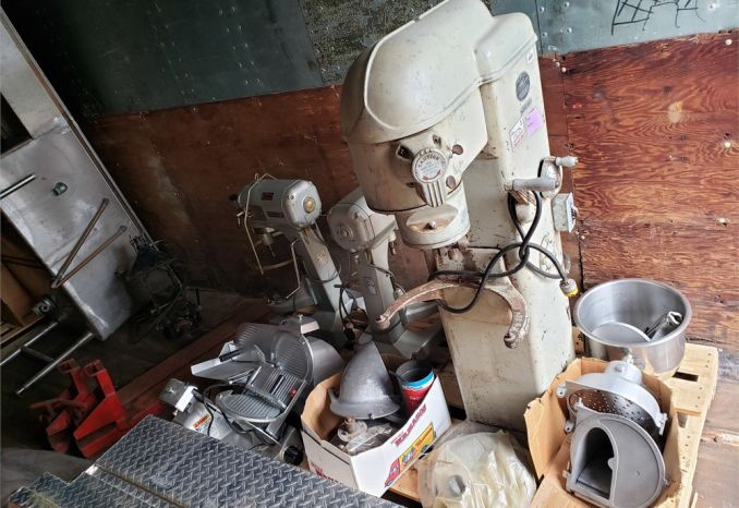 LOT BID Kitchen Equipment, 4 Mixers Two Bay SS sink,  2 slicers