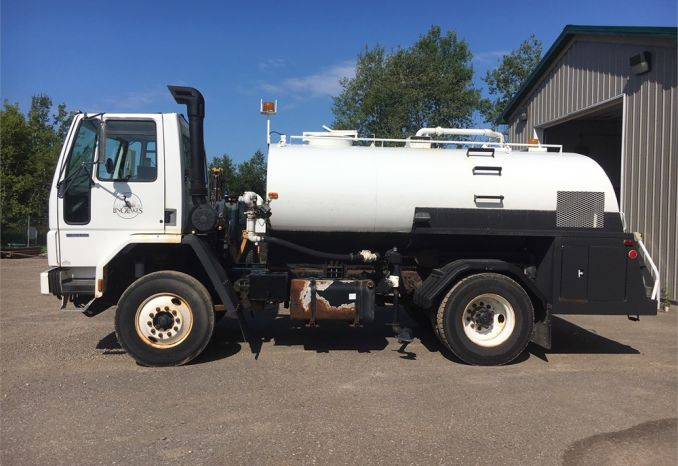 2001 STERLING SC8000 WATER TANKER (FLUSHER) TRUCK