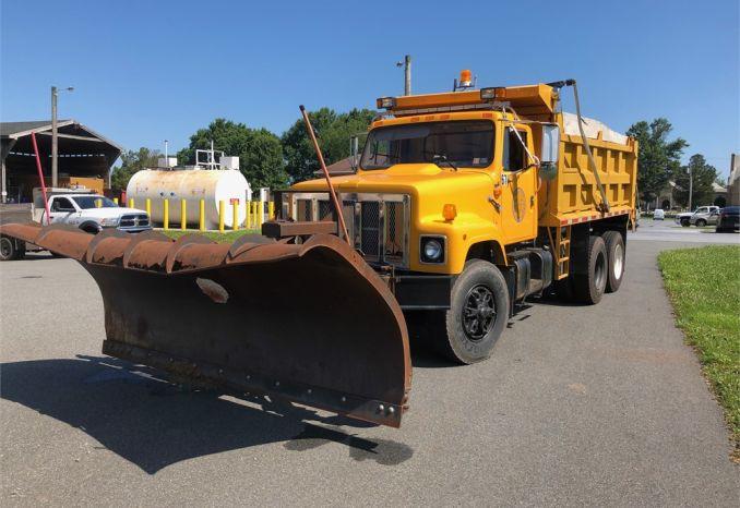 1997 International Dump Truck