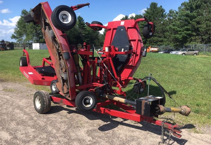 2006 Progressive TD65 Tri-Deck 15.5 feet Rotary Finishing Mower
