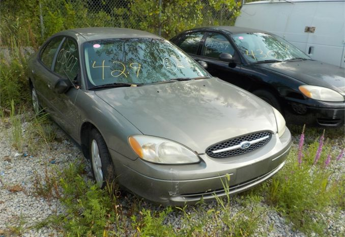 2001 FORD TAURUS LX FWD / LOT429-015107-NR