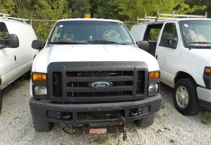 2008 FORD F350 XL SUPER DUTY 4X4 PICKUP / LOT432-085271-R