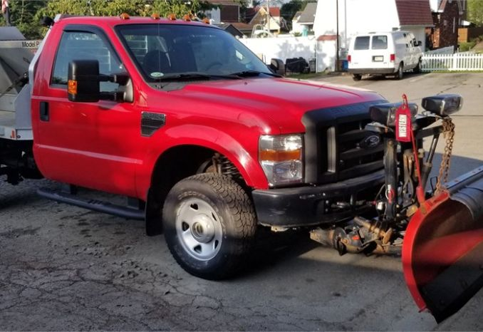 2008 FORD F350 4X4 WITH PLOW AND VBOX SPREADER- READY TO GO
