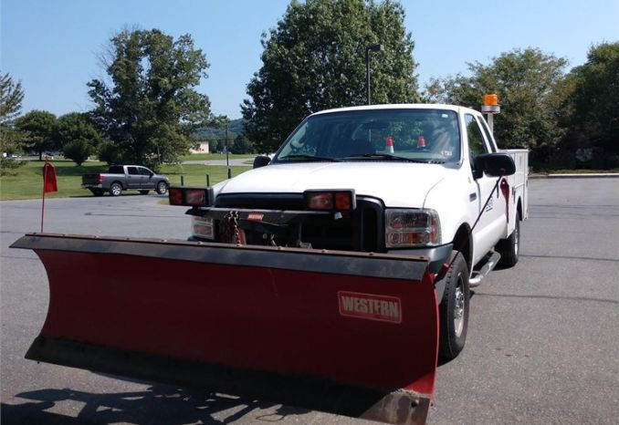 2007 Ford F-250 Supercab Utility Truck/Plow