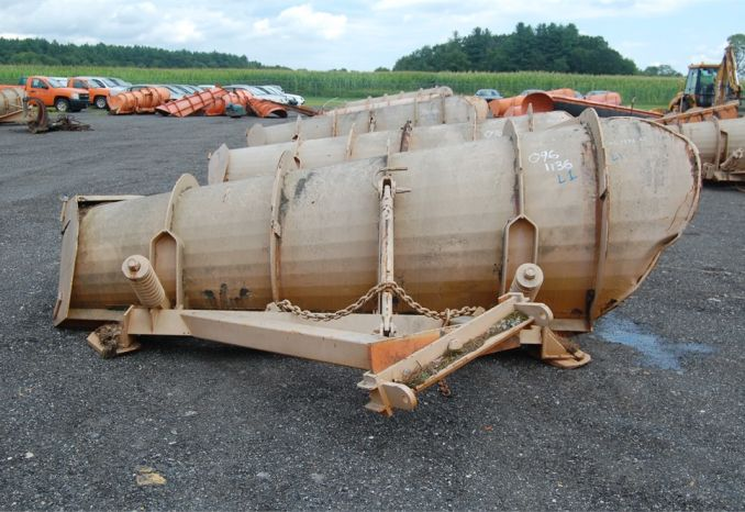 Right hand barrel plow 0961136L1