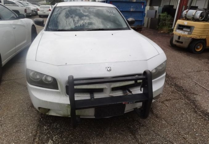 2010 Dodge Charger, Does not run, missing parts.