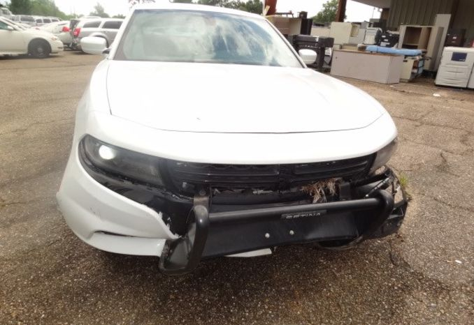2015 Dodge Charger, wrecked, no engine or transmission