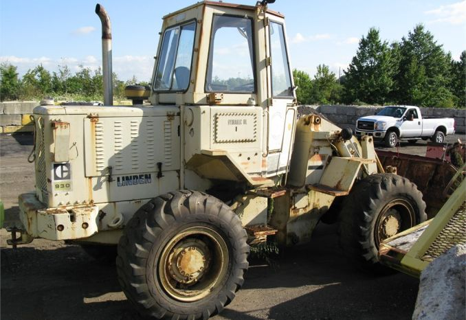 1978 CATERPILLAR 930 FRONT END  LOADER
