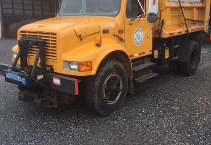 2000 International 4900 DT466E Dump Truck