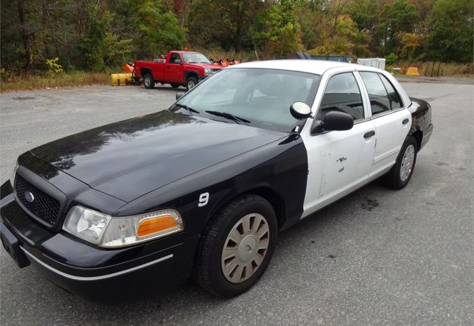 2011 Ford Crown Victoria (police interceptor)