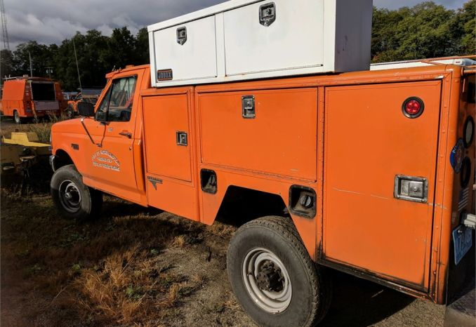 1997 Ford F-350 Utility Truck