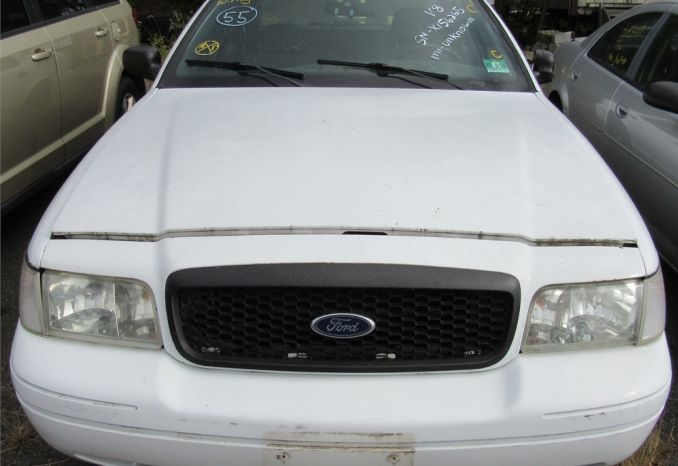 2006 Ford Crown Victoria- DSS2308